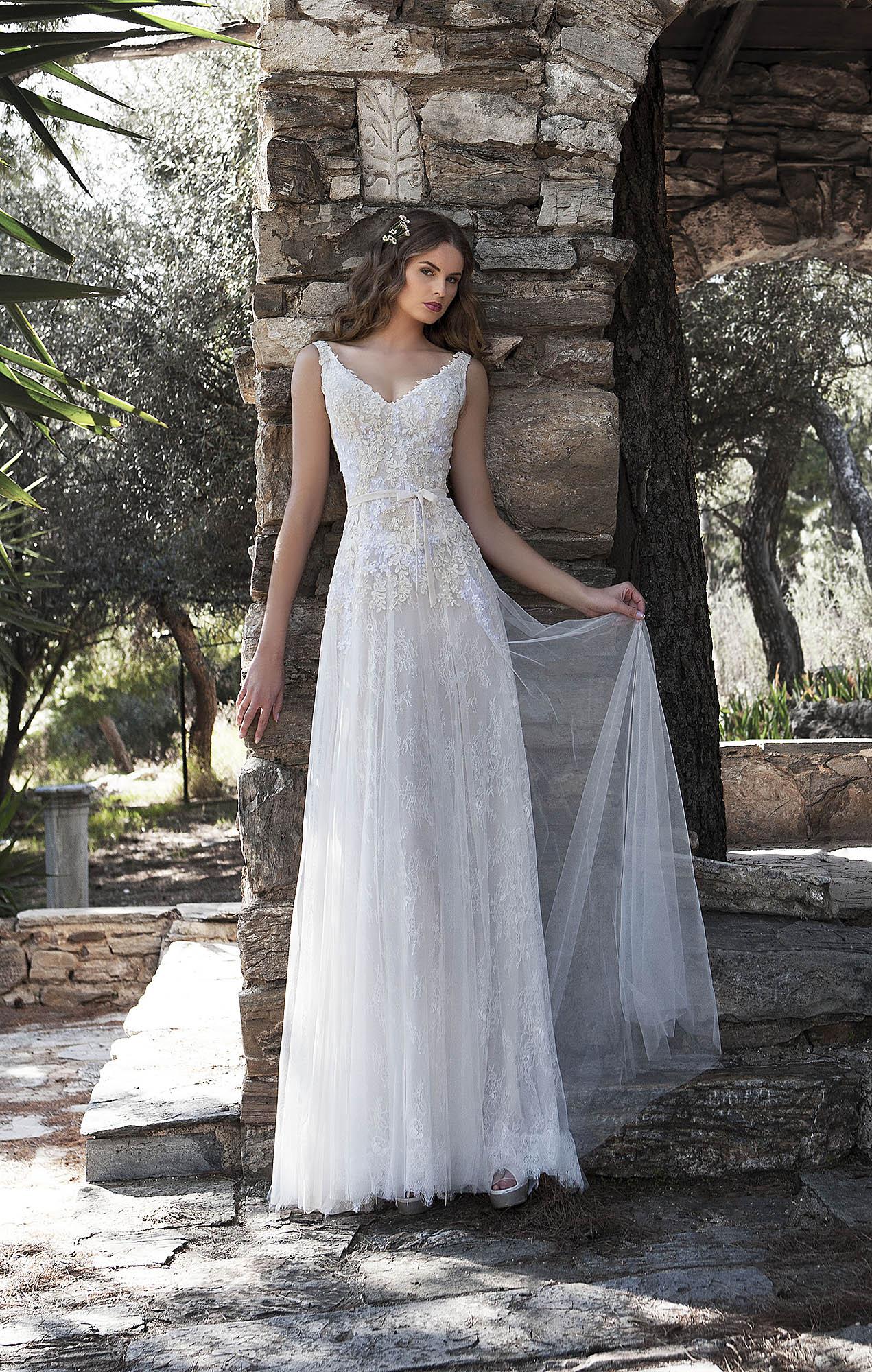 762795c75d47 Νυφικό Orsalia - Yianna Couture